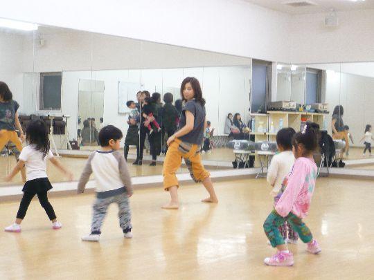 3歳からのリトルキッズダンス
